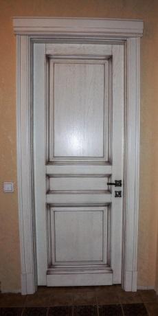 Двери из массива 8